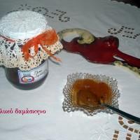 Γλυκό του κουταλιού δαμάσκηνο