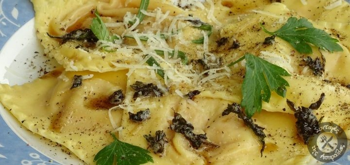 Ραβιόλια με κολοκύθα και amaretti