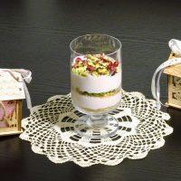 Γλυκό με τυρί κρέμα ρόδια και φιστίκια
