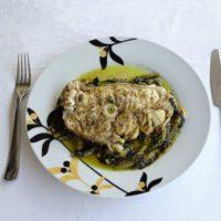 Ψάρι με μαρούλια, γεύμα για ένα άτομο