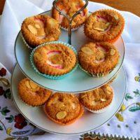 Cupcakes με Rhubarb